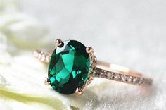 24 Gorgeous Emerald Engagement Rings for the Alternative Bride via Brit + Co.
