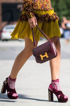 What is worn on the New York Fashion Week: Part 4, Buro 24/7