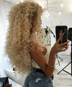 Permed Hairstyles, Wedding Hairstyles, Cool Hairstyles, Hairstyle Ideas, Curly Girl, Curly Blonde, Big Curls, Perms, Big Hair