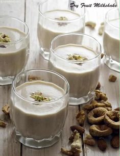 Dry Fruit Milkshake - My list of the most healthy recipes Is Almond Milk Healthy, Smoothies With Almond Milk, Fruit Smoothies, Healthy Smoothies, Healthy Drinks, Fruit Recipes, Indian Food Recipes, Dessert Recipes, Healthy Recipes