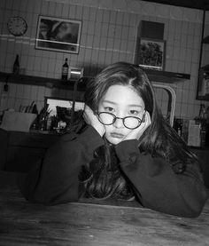 Sulli, K Drama, Jung Chaeyeon, Instagram Story Filters, Kim Doyeon, Krystal Jung, Aesthetic Women, Kim Yerim, K Idol