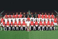 Arsene Wenger 20 Years of Team Photos Arsene Wenger, Team Photos, Arsenal Fc, 20 Years, Soccer, England, Football, Mirror, Sports