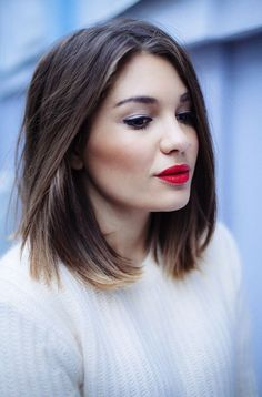 long brown bob hair cut with highlighted ends on Google from ontha.com
