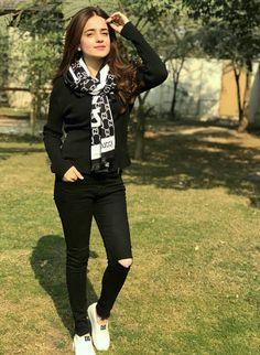 Sumbul iqbal khan Pakistani Models, Pakistani Actress, Dream Wardrobes, Dps For Girls, Celebrity Singers, Instagram Story Ideas, Jean Top, Girls Dpz, Background Images