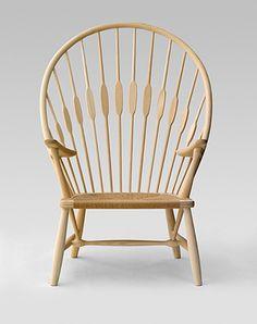 Påfuglestolen, designet af Hans J. Wegner