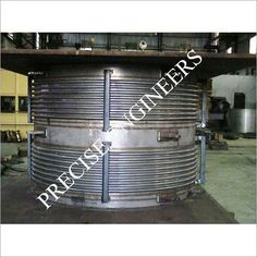 Expansion Joint, Engineers, The Expanse