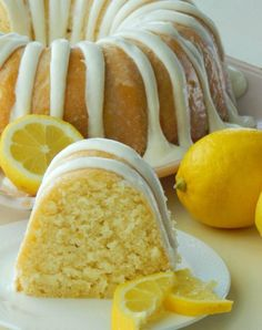 Italian Lemon Pound Cake is the only lemon cake recipe you will ever need! – Italian Lemon Pound Cake is the only lemon cake recipe you. Summer Cake Recipes, Summer Cakes, Pound Cake Recipes, Lemon Desserts, Fun Desserts, Dessert Recipes, Drink Recipes, Lemon Cakes, Baking Recipes