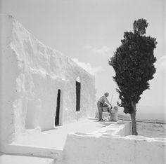 Paros island, Cyclades, Greece by Zacharias Stellas Paros Greece, Santorini Greece, Mykonos, Photography Articles, Image Photography, Landscape Photography, Vintage Pictures, Old Pictures, Old Photos