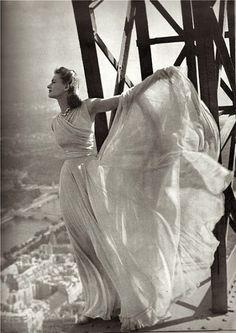 Mainbocher & Molyneaux, A Top The Eiffel Tower, Harper's Bazaar September 1939 © Irwin Blumenfeld