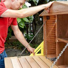 Make the Door by Installing the Hardware when Building a Fold-Down Murphy Bar Pallet Bar Plans, Outdoor Pallet Bar, Pallet Benches, Pallet Tables, 1001 Pallets, Pallet Sofa, Recycled Pallets, Murphy Bar, Deck Bar