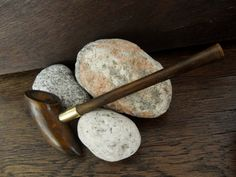 A fancy shape tobacco pipe. Traditionally made of wild cherry wood. My favorite wood, tobacco tastes great! Darker color of wood obtained by firing. Brass ring adds elegance Perfect for mage