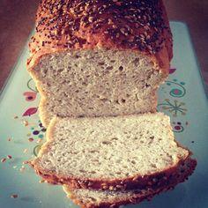 Pão de sementes e batata doce sem glúten e sem lactose! Receita no blog!