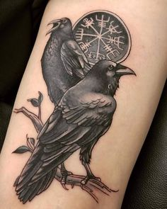 What does norwegian tattoo mean? We have norwegian tattoo ideas, designs, symbolism and we explain the meaning behind the tattoo. Simbolos Tattoo, Rabe Tattoo, Body Art Tattoos, Crow Tattoos, Armor Tattoo, 3d Tattoos, Tribal Tattoos, Thai Tattoo, Helm Of Awe Tattoo