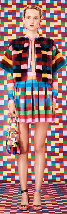 Look no 61 - Resort 2015 - Valentino - http://www.style.com/fashion-shows/resort-2015/valentino/collection