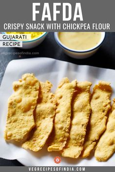 Another Gujarati recipe made with chickpea flour is fafda. This is commonly eaten for breakfast with chutney or as a snack with jalebi. This fried crispy, crunch snack is savory with spices of carom seeds and black pepper. Try this delicious snack today! Indian Vegetarian Dinner Recipes, Healthy Indian Snacks, Veg Recipes Of India, Indian Food Recipes, Indian Foods, Dry Snacks, Savory Snacks, Yummy Snacks, Yummy Food