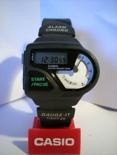 Factors to consider when purchasing a Casio watch. Aspects to consider when buying a Casio watch. There comes a time when people get tired of being late. Retro Watches, G Shock Watches, Sport Watches, Vintage Watches, Cool Watches, Watches For Men, Casio Vintage Watch, Casio Watch, Breitling Watches