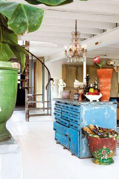 Swedish Designer's Home: Marie Olsson Nylander     http://ideainteriorsmtl.blogspot.ca/2013/02/swedish-designers-home-marie-olsson.html    #living room #dining room #swedish interior #interior design #interiors #interiors #Interior style