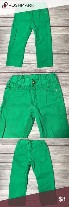 H&M Green Pants H&M Green Jeans.  Size 1 1/2-2 years.  Adjustable waist. Excellent condition- no flaws to note.  Smoke free/pet free home.  Bundle and save.  Check out my other kids items. H&M Bottoms