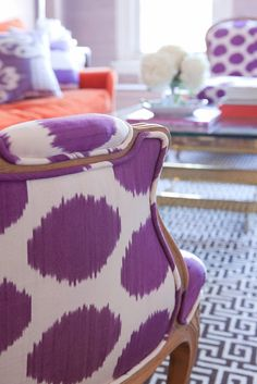 Pantone 2014 Radiant Orchid close up of a purple and white armchair in a lavender living room #ColorOfTheYear