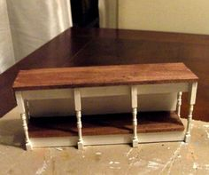 how to: kitchen work table Tiny Furniture, Barbie Furniture, Miniature Furniture, Dollhouse Furniture, Furniture Decor, Miniature Crafts, Miniature Kitchen, Miniature Dolls, Haunted Dollhouse