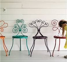 Very cute garden chairs!