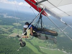 Hand-gliding off Lookout Mountain! Near Chattanooga, Tennessee I will do this someday