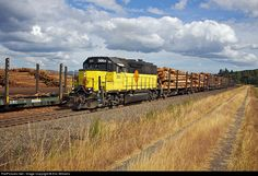 RailPictures.Net Photo: 3003 Portland & Western Railroad EMD GP40 at Rainer, Oregon by Eric Williams