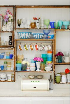 Dishes on display.  http://www.lightlocations.com/new/locations/location_ov.asp?cat=houses=Houses=h022