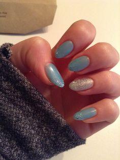 Shellac nail design. Azure wish & ice vapor