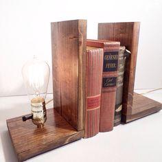 25 % OFF vente serre-livres Steampunk-lampe par UrbanEdison sur Etsy
