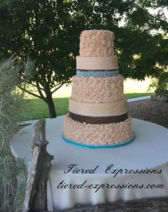Burlap and lace are an excellent addition to this country style cake.