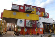 Container SA: 5 Escritórios Containers Coletivos: Empreendimento Inspirador