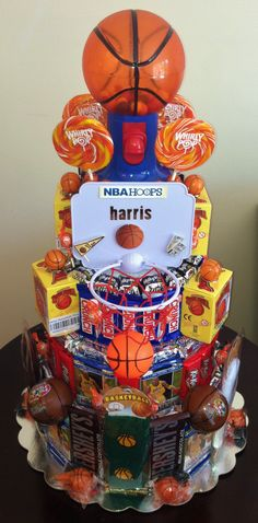 Basketball Near Me Youth Basketball Party Favors, Basketball Birthday Parties, Boy Birthday Parties, 12th Birthday, Man Birthday, Birthday Ideas, Sports Party, Party Planning, Party Time