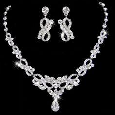 ArtDeco Stil Swarovski Kristall BrautSchmuck Set von Annamall, $48.99