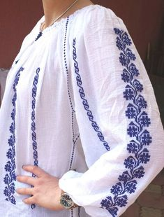 This is an amazing gorgeous Romanian blouse, of folklore inspiration, but adapted to meet the modern fashion. It is entirely handmade and embroided in a Romanian workshop and there is no single machine sewing. Every detail and every stich is done by hand. In fact, it takes from 21 to Sleeves Designs For Dresses, Palestinian Embroidery, Sewing Leather, Summer Blouses, Peasant Blouse, Sewing For Beginners, Blouse Styles, Comfortable Outfits, Sewing Clothes