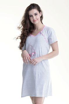Žíhaná noční košile na kojení bílé barvy Tunic Tops, Fashion, Moda, Fashion Styles, Fashion Illustrations