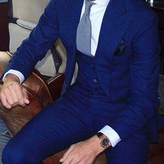 #uomolooks #style #swag #fashion #pretty #instacool #instamood #iphonesia #fashionista #picoftheday #beauty #ootd #outfitoftheday #likeback #shopping #dress #fresh #instafashion #twelveskip #cufflinks #belt #tie #natostraps #socks #shoes #pocketsquare #watch #suits #mensfashion (at Hong Kong)