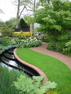 Chelsea Flower Show 2013. Photo: Palle B Pedersen ...beautiful water feature and hardscape!
