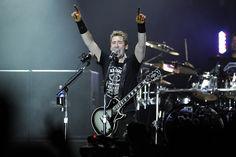 Солист Nickelback обсудил название нового альбома «No Fixed Address» http://muzgazeta.com/rock/201443457/solist-nickelback-obsudil-nazvanie-novogo-alboma-no-fixed-address.html