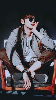 Park chanyeol why so handsome Hahahahha Kaisoo, Chanbaek, Baekhyun, Chanyeol Cute, Park Chanyeol Exo, Exo Ot12, Kpop Exo, Wattpad, K Pop