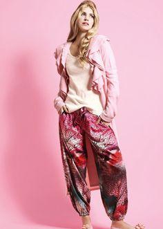 Love these pj's from Peter Alexander x Pjs, Pyjamas, Cute Pajamas, Pajama Party, Fashion Beauty, Womens Fashion, Happy Women, My Wardrobe, Put On