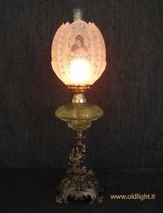 Antica Lampada Per Olio Spagnola In Vetro E Pelle Elegant And Sturdy Package Altri Complementi D'arredo