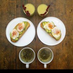 Symmetry breakfast by Michael Zee: the perfect symmetrical breakfast for two l #photography #Instagram #SymmetryBreakfast