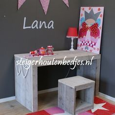 #buro #sloophout #steigerhout #kinderkamer #meisjeskamer Bijpassend bed al vanaf 159euro
