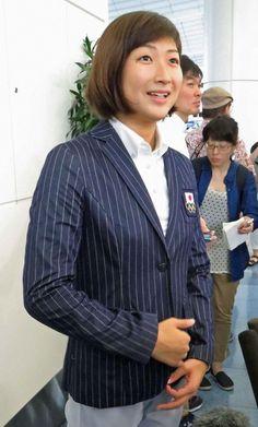 びしっと日本代表スーツに着る池江璃花子