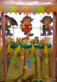 Festa de São João na Escola: 20 ideias lindas Festa Party, Safari, Baby Shower, Scrapbook, Activities, Crafts, Diy, Professor, Classroom Setting