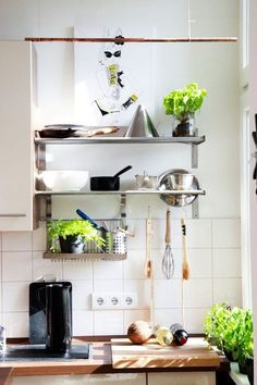 5 Habits to Start & Keep Today to Be More Organized | Apartment Therapy