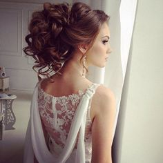 Tendance Coupe & Coiffure Femme Description Prom Updos for Long Hair Homecoming Hairstyles, Party Hairstyles, Formal Hairstyles, Bride Hairstyles, Quinceanera Hairstyles, Grecian Hairstyles, Prom Updo, Evening Hairstyles, Simple Hairstyles