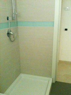 #appartamento nuova costruzione #marinadimassa A92 doccia