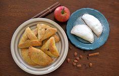 cretangastronomy.gr - Μηλοπιτάκια όπως καλιτσουνάκια! Greek Desserts, Apple Desserts, Guacamole, Tacos, Mexican, Cheese, Ethnic Recipes, Food, Sweet Dreams
